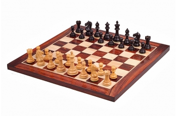SUPREME BLACK AND ROSEWOOD CHESS SET