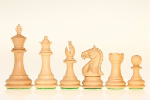 Supreme Acacia/Boxwood chess pieces 3,75''