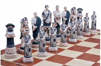 SPARTACUS (pieces painted stone, wooden chess case, intarsia, insert tray)