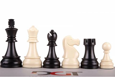 DGT Chess Pieces Plastic 95mm (in box)