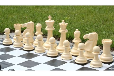 Small size garden chess set - pieces + nylon chessboard